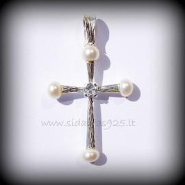 Pakabukas kryžiukas su perlais