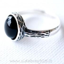 Žiedas su Oniksu Ž147