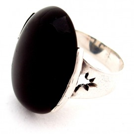 Ring with Onyx Ž153