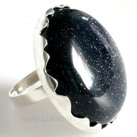 Ring with Nakties akmeniu