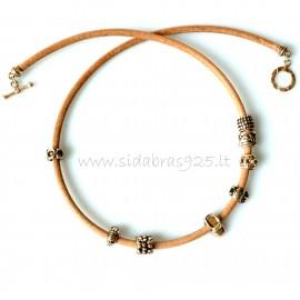 Oжерелья из бронзи с натуральной кожей