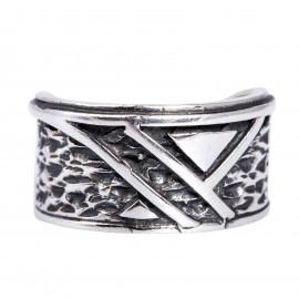Žiedas su trikampiu Ž079