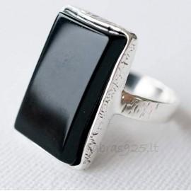 Sidabrinis žiedas su Oniksu