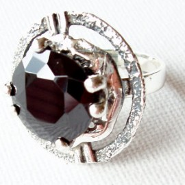 Žiedas su juodu Cirkoniu Ž359