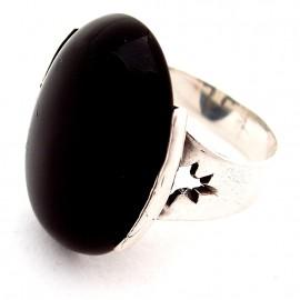 Žiedas su Oniksu Ž153