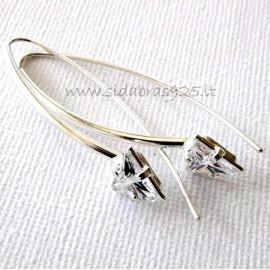 Earrings with triangular Zircon
