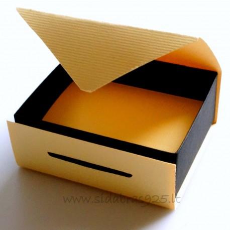 """Dovanų dėžutė """"Geltona-juoda"""""""