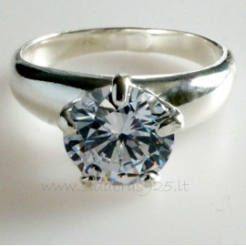 Ring with Zirconia