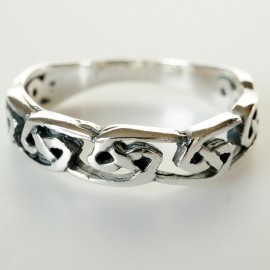 Кольцо с символами бесконечности Ž704