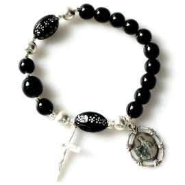 Rosaries bracelet with medallion and cross