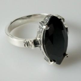 Žiedas su juodu Cirkoniu Ž113