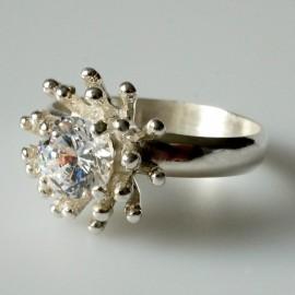 """Žiedas su Cirkoniu Sužadėtuvių """"Dangaus gėlė"""""""