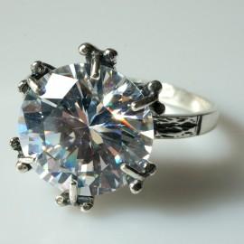 Žiedas su Cirkoniu Sužadėtuvių Ž100