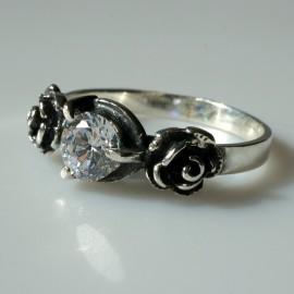 Kольцо с белым цирконом «Розы» Ž137