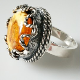Ring ETNO with Amber