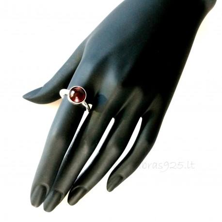 Кольцо высокое с круглым ониксом